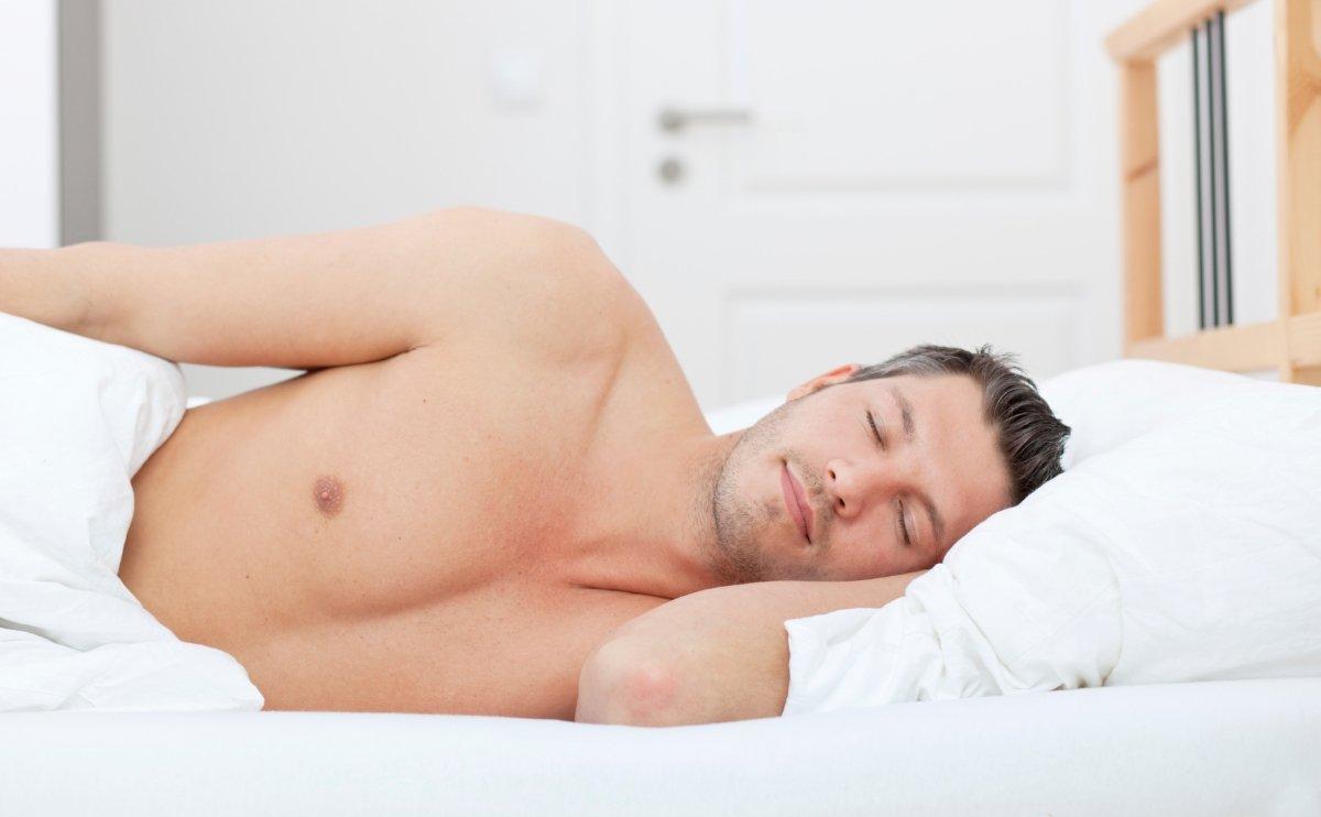 Члены спящих парней фото, Голые парни и мужчины (34 фото) Фото голых парней 19 фотография