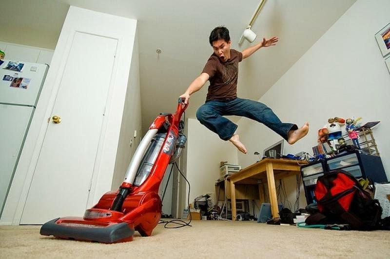 анталии таковым фото уборки квартиры смешные спящий животе